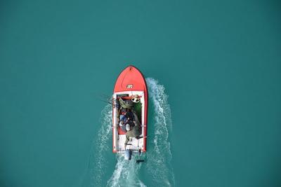 Met onze buitenboordmotor geniet u meer van uw bootreisje